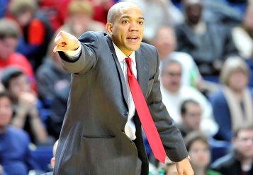 Coach_Sydney_Johnson_5s