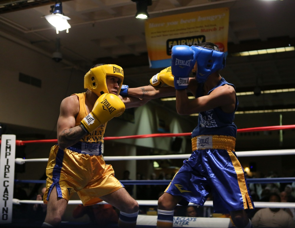 GOLDEN GLOVES 3