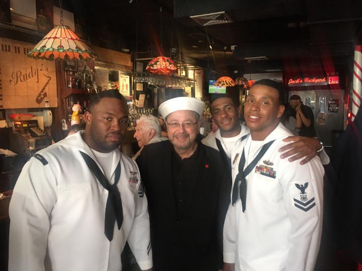FLEET WEEK JOHNNY WITH SAILORS