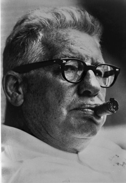 ART ROONEY CIGAR PHOTO (1)